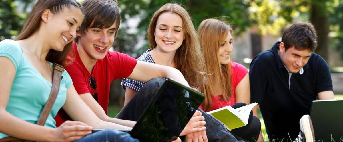 24 * 7 Assignment Help Available